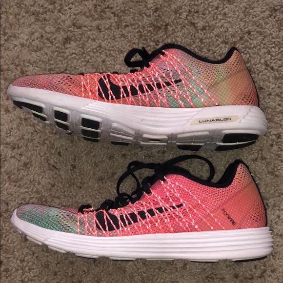 Galaxia Describir Egoísmo  Nike Shoes | Nike Womens Lunaracer 3 Running Shoes | Poshmark